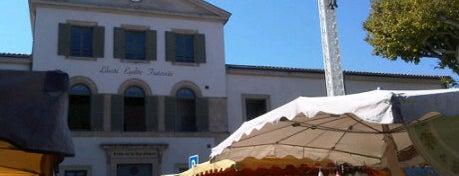 Marché de Saint Remy is one of Provence adresses.