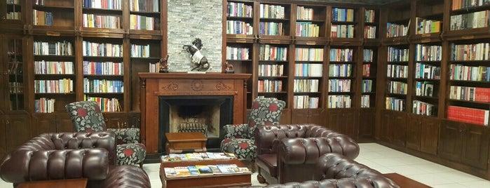 Cumhurbaşkanlığı Muhafız Alayı Kütüphanesi is one of Locais curtidos por Aliance.