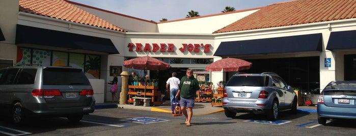 Trader Joe's is one of Locais curtidos por Star.