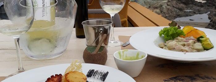 La Sal Restaurante is one of Carolina'nın Beğendiği Mekanlar.