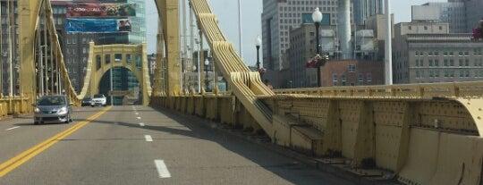 Fort Duquesne Bridge is one of Skifchik 님이 좋아한 장소.