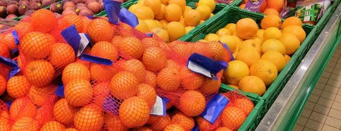 Simply Market is one of Fuat'ın Beğendiği Mekanlar.