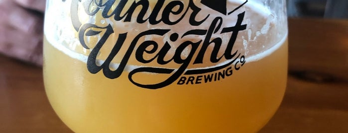 Counter Weight Brewing Co. is one of Lugares favoritos de Cole.