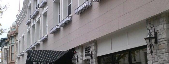 Clarke Hotel is one of Rob'un Beğendiği Mekanlar.