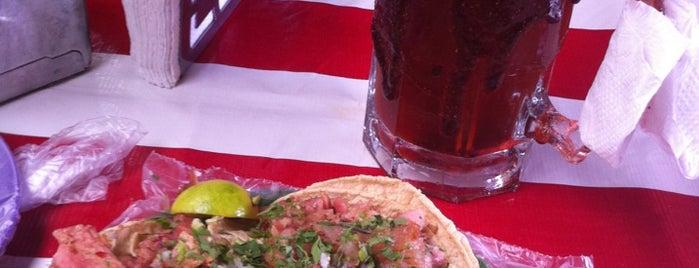Tacos el May is one of Lugares favoritos de Pablo.
