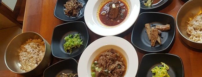 시골밥상 is one of Korean food.