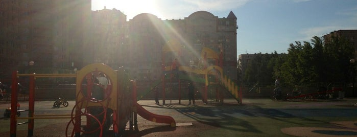 Детская Площадка is one of Lieux qui ont plu à Антон.