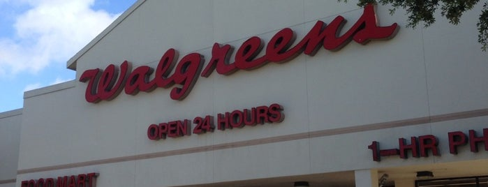 Walgreens is one of Lieux qui ont plu à Andrii.