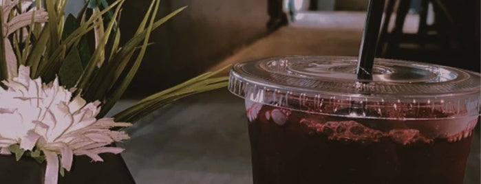 Let's Coffee is one of Ali'nin Kaydettiği Mekanlar.