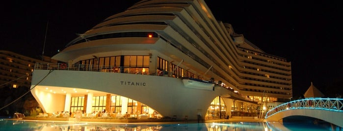 titanik Resort & Hotels is one of bakiak.