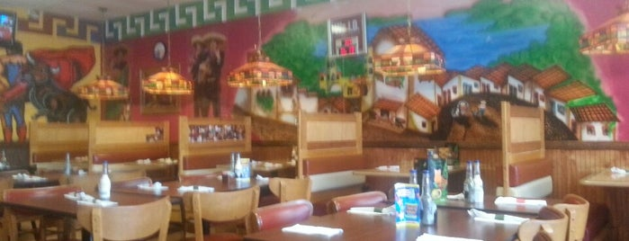 Tequila's Mexican Restaurant is one of Lugares guardados de Joshua.