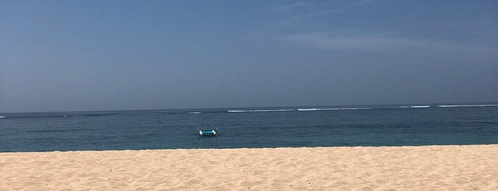 Samabe Bali Beach is one of Orte, die Waad gefallen.