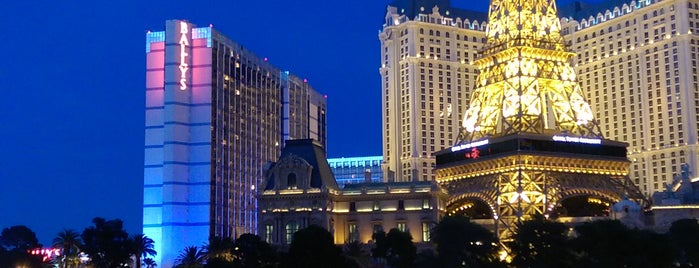 Fountains of Bellagio is one of West Coast.