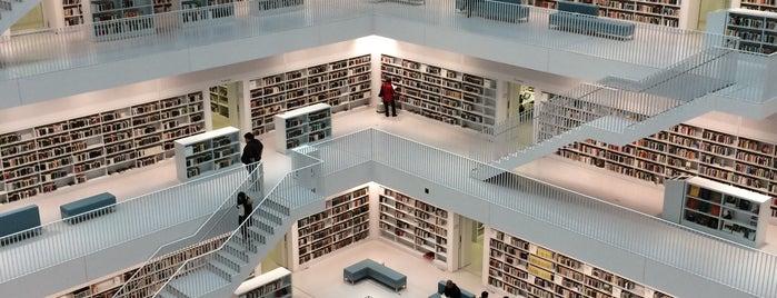 Stadtbibliothek am Mailänder Platz is one of 4sq365de (1/2).