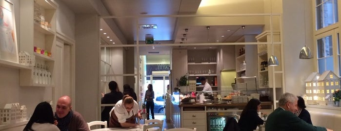 Bianco Latte is one of MILANO EAT & SHOP.