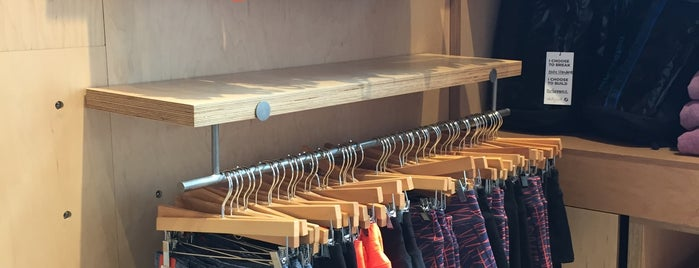 Oiselle Store is one of Alisonさんの保存済みスポット.