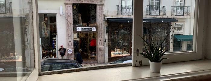Eva Bar & Restaurante is one of Lisbon.