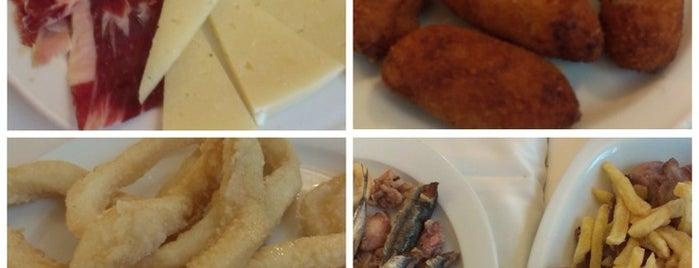 Cafeteria Restaurante La Fuentona is one of Ireneさんのお気に入りスポット.