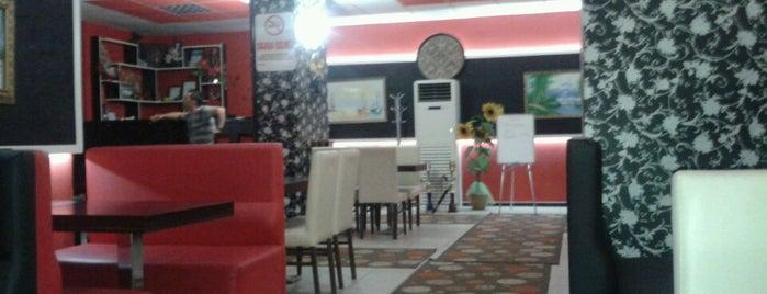 Sini Cafe & Restaurant is one of Locais curtidos por Sena.