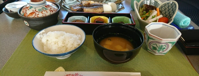 トスラブ箱根 和奏林 レストラン紫苑 is one of Masahiro 님이 좋아한 장소.