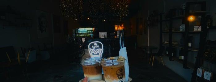 Voltage Coffee is one of Tempat yang Disukai Amal.