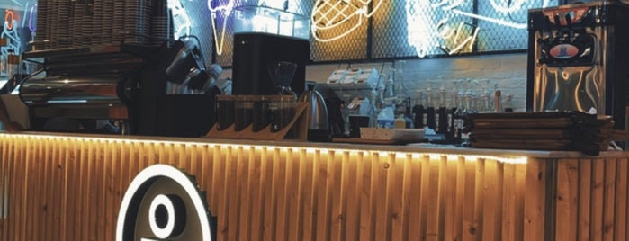 ارابيا كافيه Arabia Cafe is one of Tempat yang Disimpan Queen.