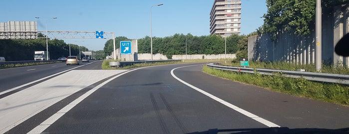 A65 (1, Vught-Centrum) is one of Rob'un Kaydettiği Mekanlar.