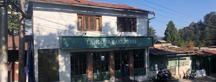 Landour Bakehouse is one of Dave 님이 좋아한 장소.
