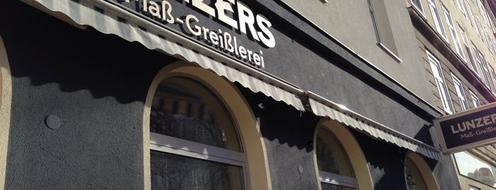 Lunzers Maß-Greißlerei is one of Wien.