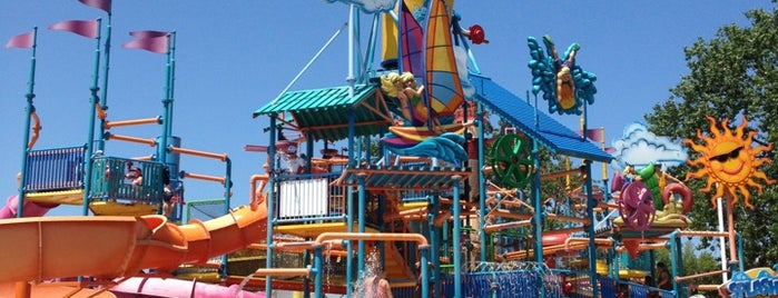Cedar Point Shores Water Park is one of Conquering Cedar Point.