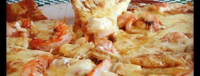 Capriccio Pizza & Pasta is one of Mónicaさんの保存済みスポット.