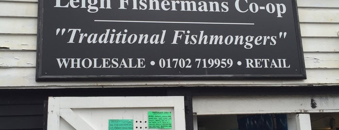 Leigh Fishermans Coop is one of Tempat yang Disukai Mike.