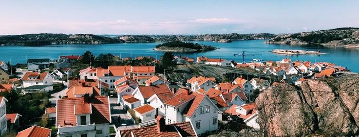 Fjällbacka is one of Orte, die Petra A. gefallen.
