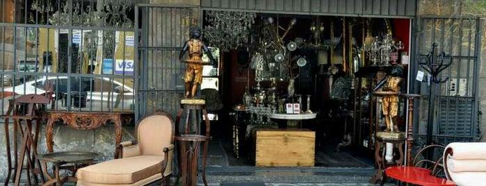 Antiguedades El Portal is one of Tempat yang Disukai Jamhil.
