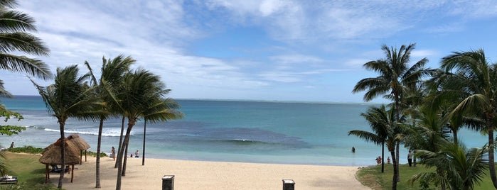 InterContinental Fiji Golf Resort & Spa is one of Robertさんのお気に入りスポット.