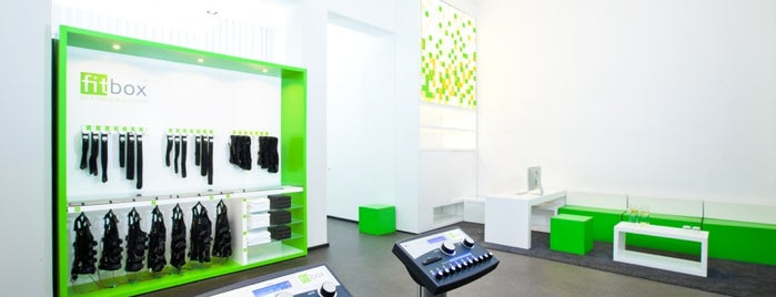 fitbox Prenzlauer Berg - EMS Fitnessstudio is one of สถานที่ที่ fitbox - EMS Fitnessstudio ถูกใจ.