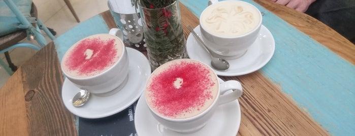 Double B Coffee & Tea is one of Lieux qui ont plu à Annette.