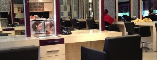 Tara Unisex Hairdresser is one of Orte, die Gökçe gefallen.