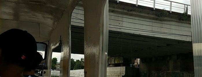 Lambingan Bridge is one of KaChing.