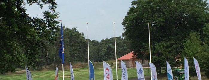 Rozendealsche Golf en Country Club is one of Lugares favoritos de Petri.