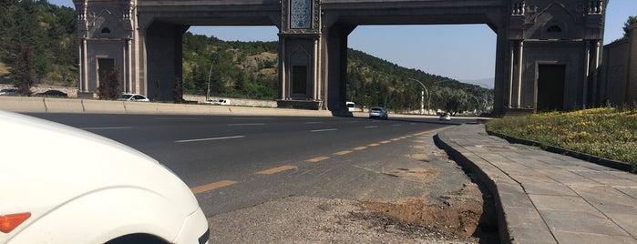 Ankara Doğu Giriş Kapısı is one of Orte, die Melis gefallen.