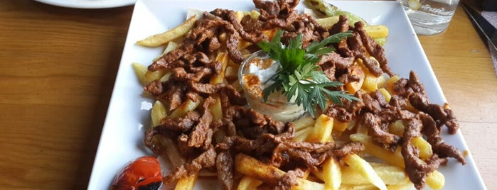 Bayram Restaurant is one of Locais curtidos por Zana.