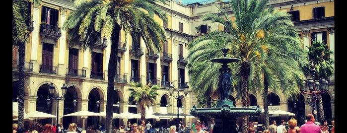 Plaça Reial is one of #myhints4Barcelona.