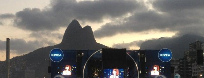NIVEA Viva: Tom Jobim is one of Lugares guardados de Marina Noelia.