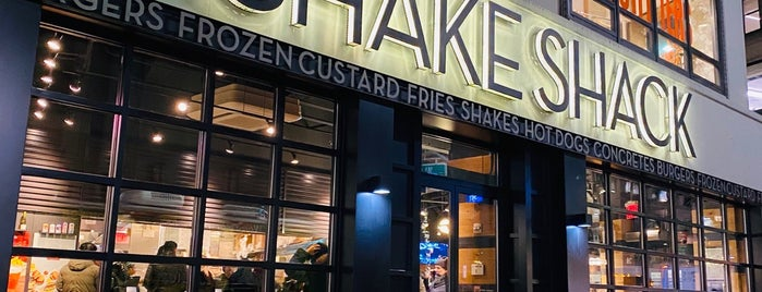Shake Shack is one of Lieux qui ont plu à Cindy.