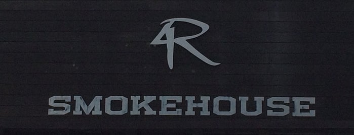 4 Rivers Smokehouse is one of Posti che sono piaciuti a D..