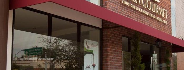 Mesa Gourmet is one of สถานที่ที่บันทึกไว้ของ Karen 🌻🐌🧡.