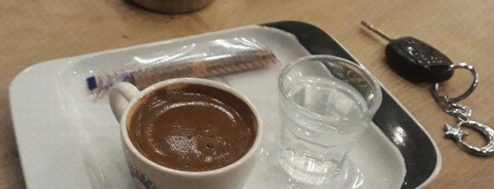Cafe Bazilika is one of Lugares favoritos de Oral.