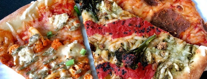 Screamer's Pizzeria is one of NYC Veggie Friendly.