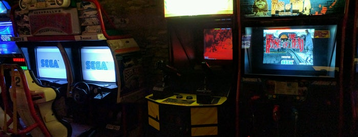 Arcade Bar is one of Lets do Prague.